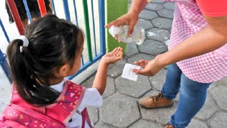 Ninos_regresaran_escuela_hasta_15_junio_Enrique_Vargas_del_Villar